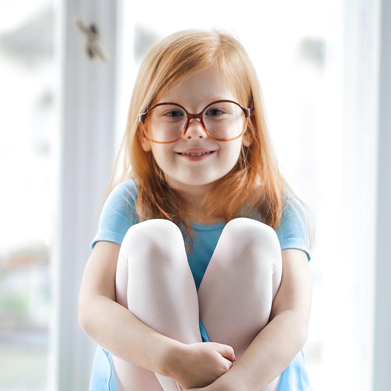 MiyoSmart, la soluzione Hoya per il controllo della miopia nei bambini.